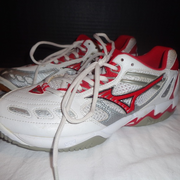 mizuno womens volleyball shoes size 8 xl rom